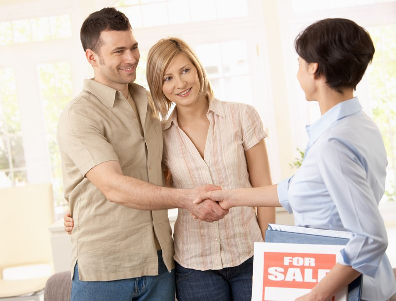 Become A Real Estate Agent With Our Help